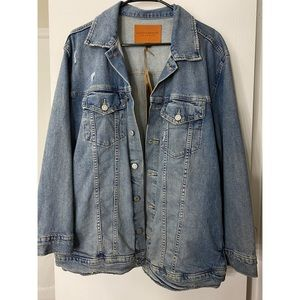NWT LUCKY BRAND Distressed Denim / Jean Jacket